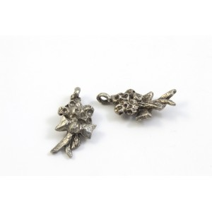 BRELOQUE ARGENT ANTIQUE BOUQUET 18X10MM