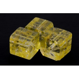 CUBE DE VERRE ''CRACKLE'' 10MM JAUNE*