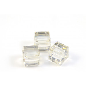 CUBE SWAROVSKI (5601) 8MM CRYSTAL SILVER SHADE