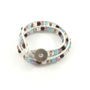 2 ROWS LEATHER AND GLASS BEADS BRACELET, WHITE AND MULTI COLOR