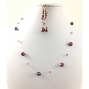 Collier mauve et transparent